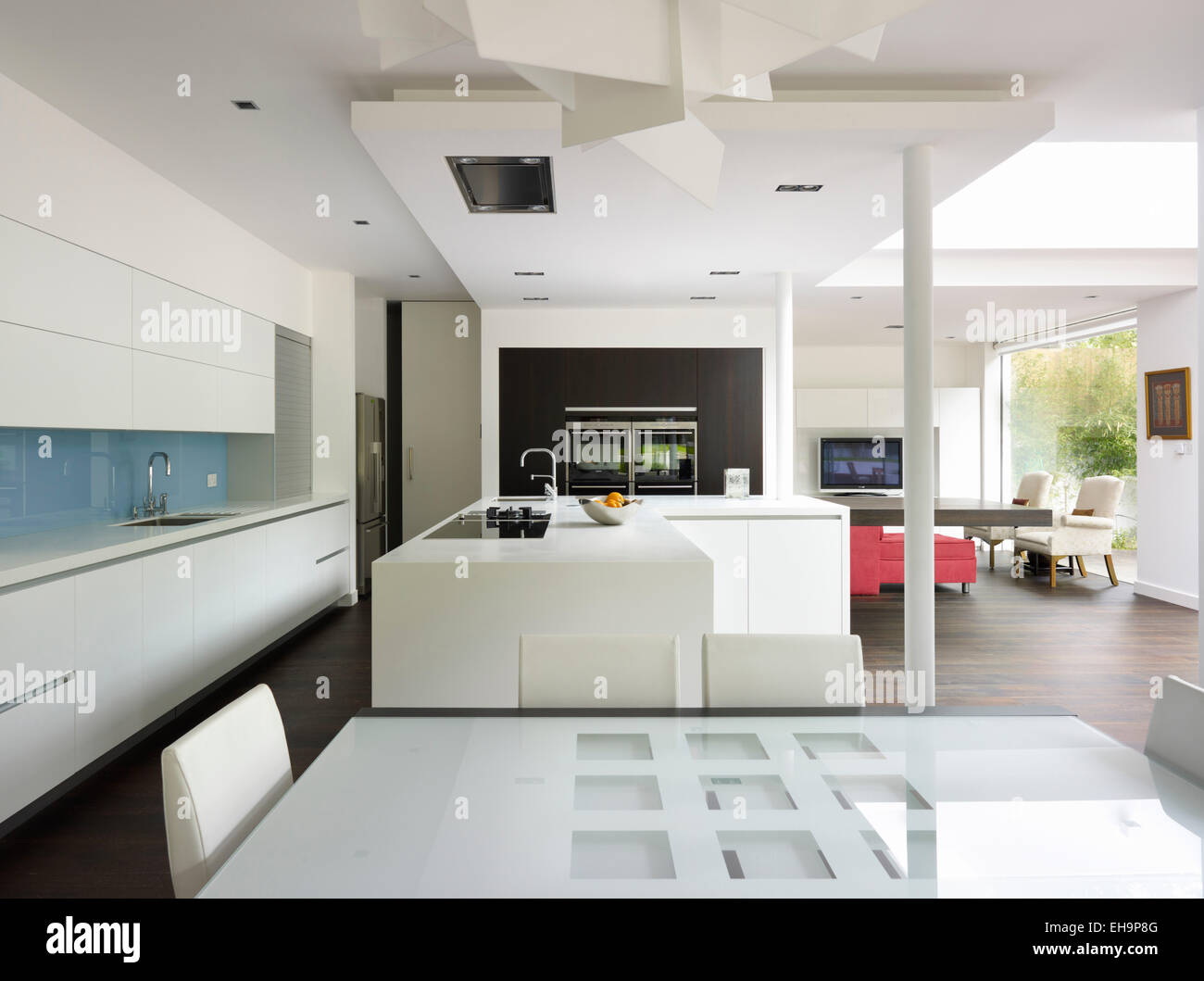 Modern open planned living area with pillar in Church Road home, UK ...
