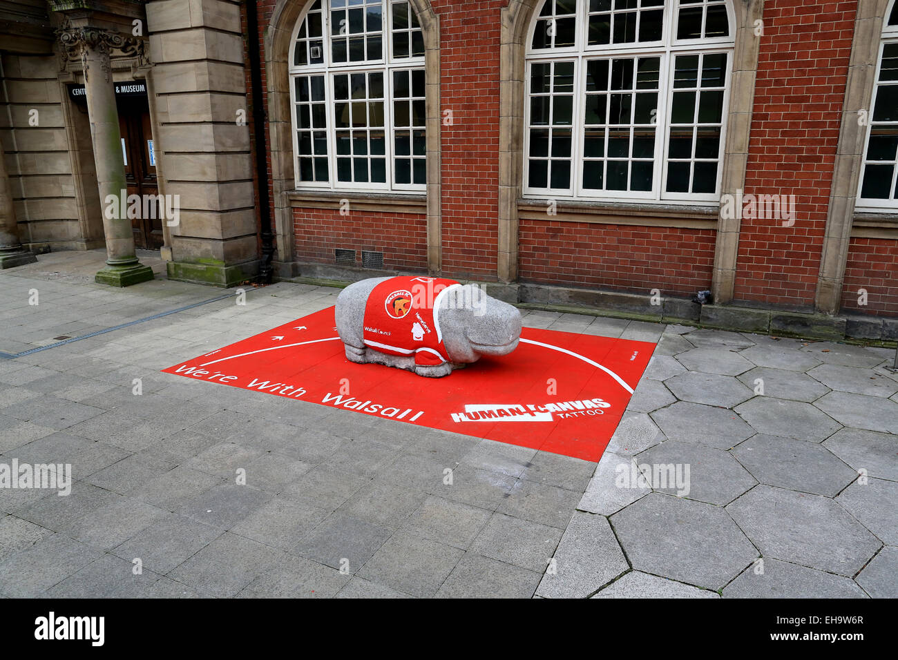 Walsall Football Club promotion in Walsall town centre in preparation for their trip to Wembley. A concrete hippo - Stock Image