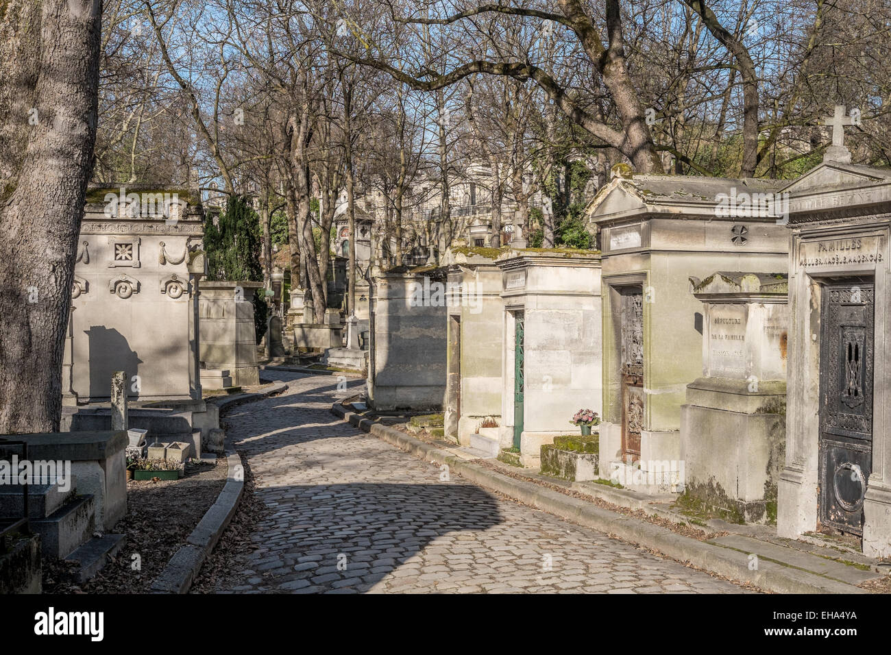 Père Lachaise Cemetery in Paris, France. Home to many famous deceased, including Chopin, Oscar Wilde and Jim - Stock Image
