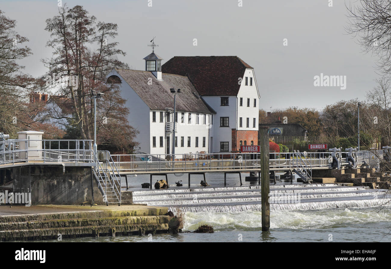 Hambleden Mill and Weir on the River Thames in England - Stock Image