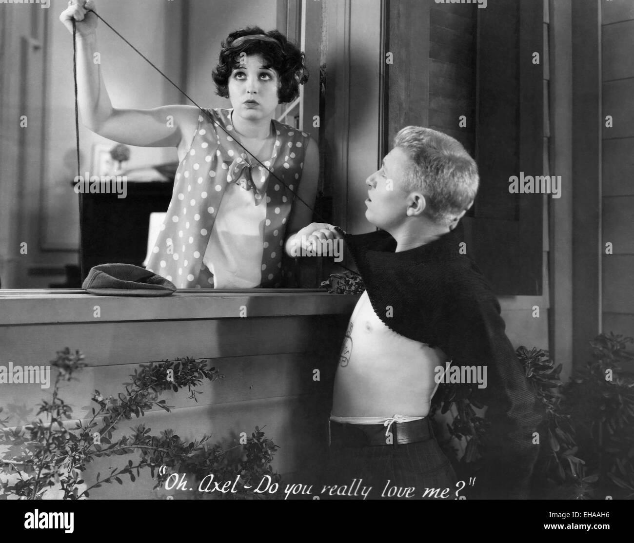 Helen Kane, Stuart Erwin, on-set of the Film 'Sweetie', 1929 - Stock Image