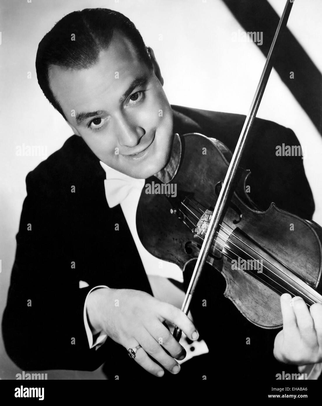 Joe Venuti, Portrait with Violin, circa 1940 - Stock Image