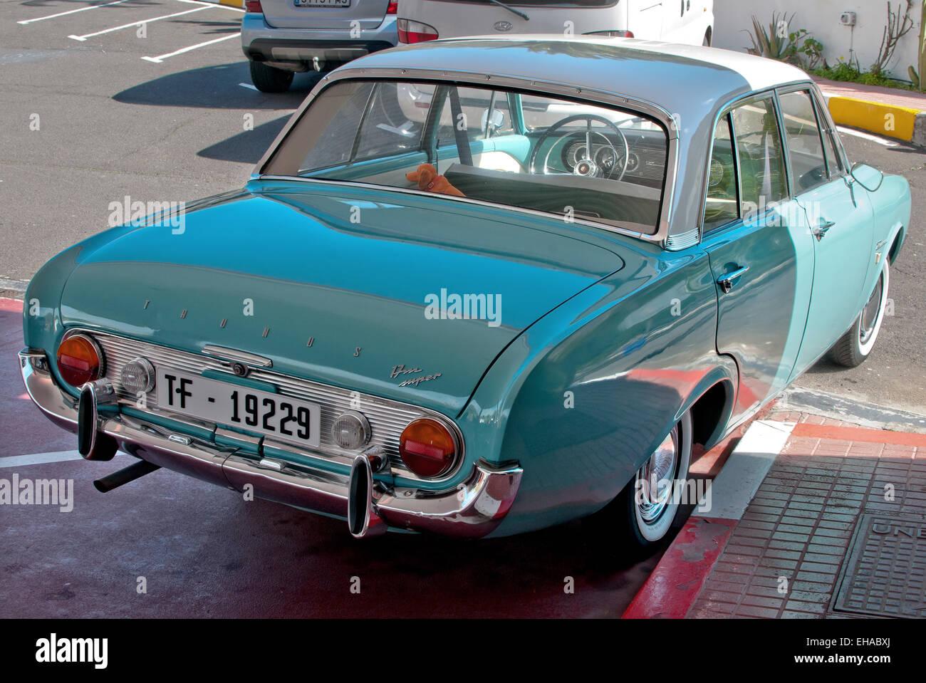 Car, Ford Taunus 17M P3, ' bath tub ', blue, model year 1960-1964 - Stock Image