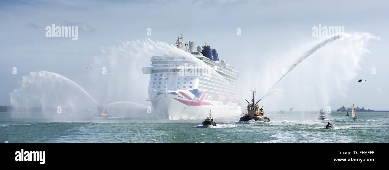 P&O's brand new cruise ship, Britannia, steams into Southampton for the first time. - Stock Image