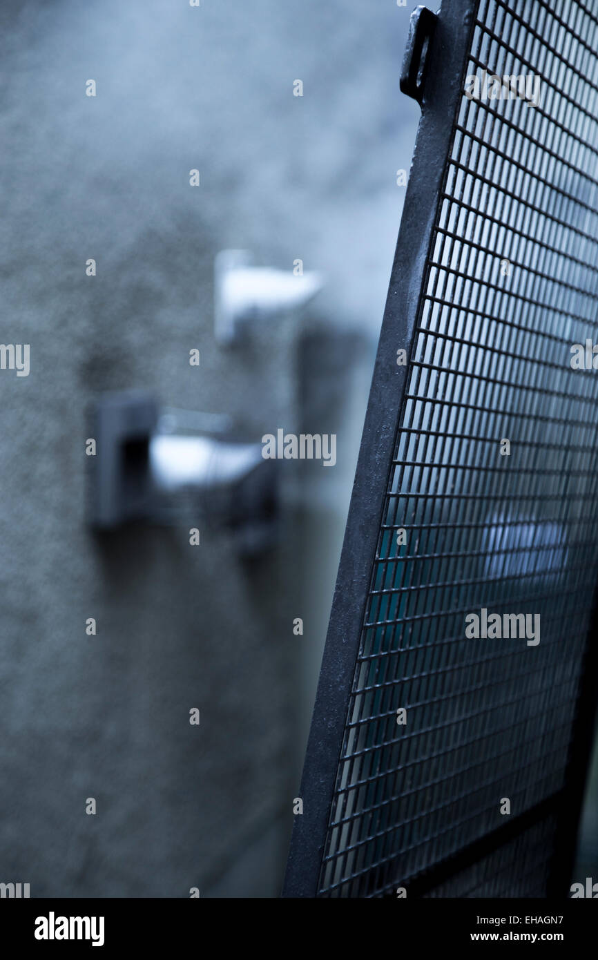 an alley way in edinburgh city center - Stock Image