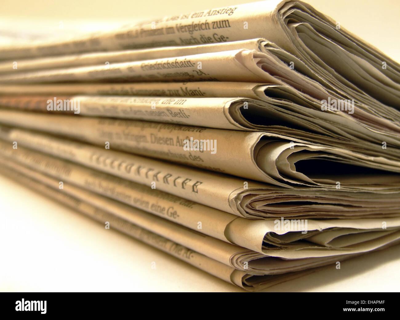 Stapel Zeitungen / newspapers Stock Photo