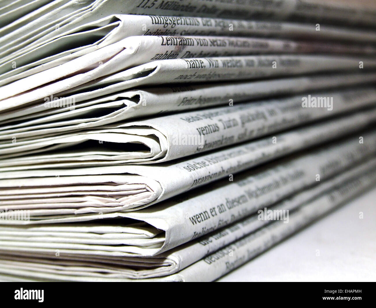 Stapel Zeitungen / newspapers Stock Photo