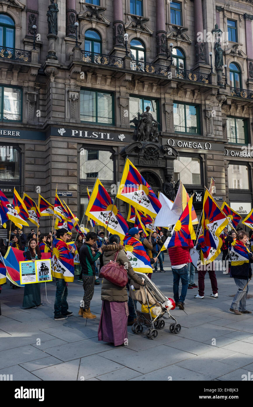 Vienna, Graben, 03/10/2015. A demonstration for Free Tibet - Stock Image