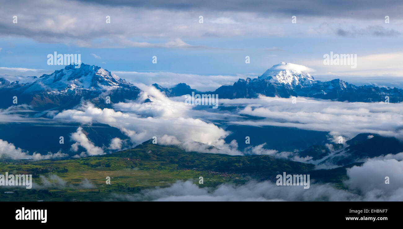 Snow, capped, Andes Mountains, Cusco district, Peru - Stock Image
