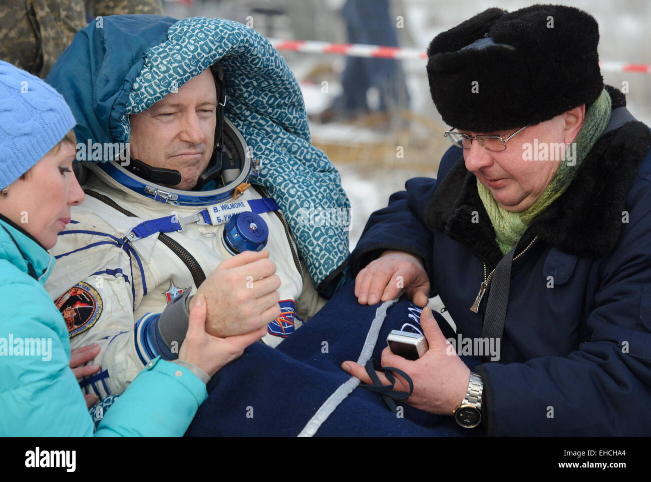 Kazakhstan. 12th March, 2015. ISS Expedition 41/42 crew member, NASA astronaut Barry Wilmore (C) seen after the - Stock Image