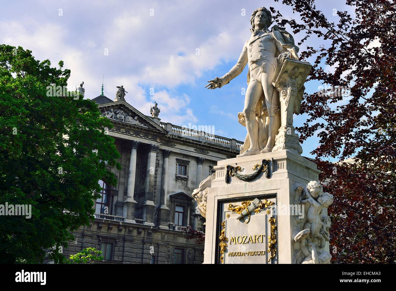 Monument to Wolfgang Amadeus Mozart in the Imperial Castle Garden, Innere Stadt district, Vienna, Austria - Stock Image