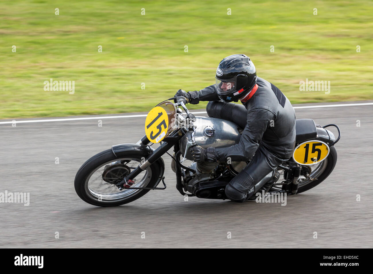 1949 Norton International Clubman during the Barry Sheene Memorial Trophy race. 2014 Goodwood Revival, Sussex, UK. - Stock Image