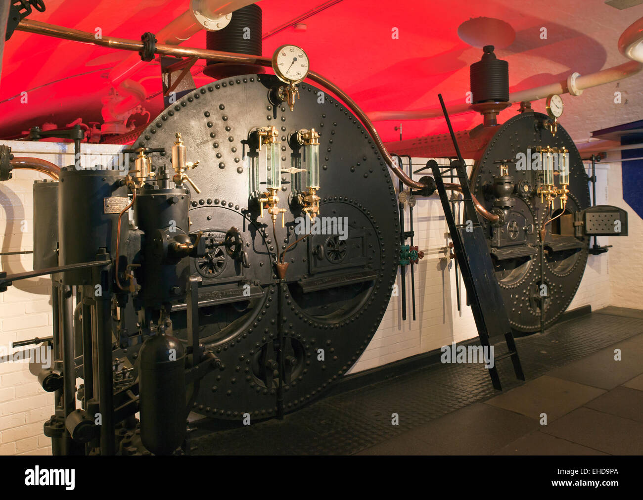 Steam Boilers Stock Photos & Steam Boilers Stock Images - Alamy