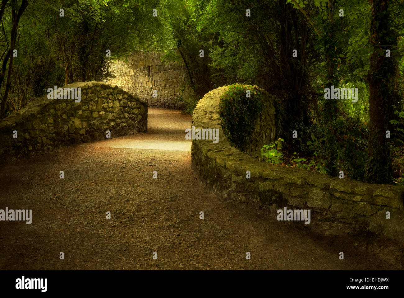 Walkway over bridge. Bunratty Castle, ireland - Stock Image