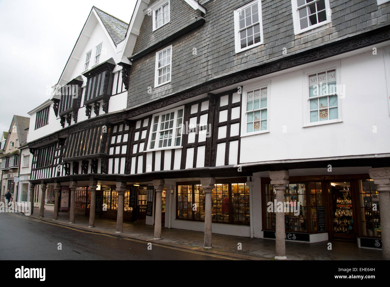 The timber-framed former merchant's house, now the Dartmouth Museum, the Butterwalk, Duke Street, Dartmouth, - Stock Image