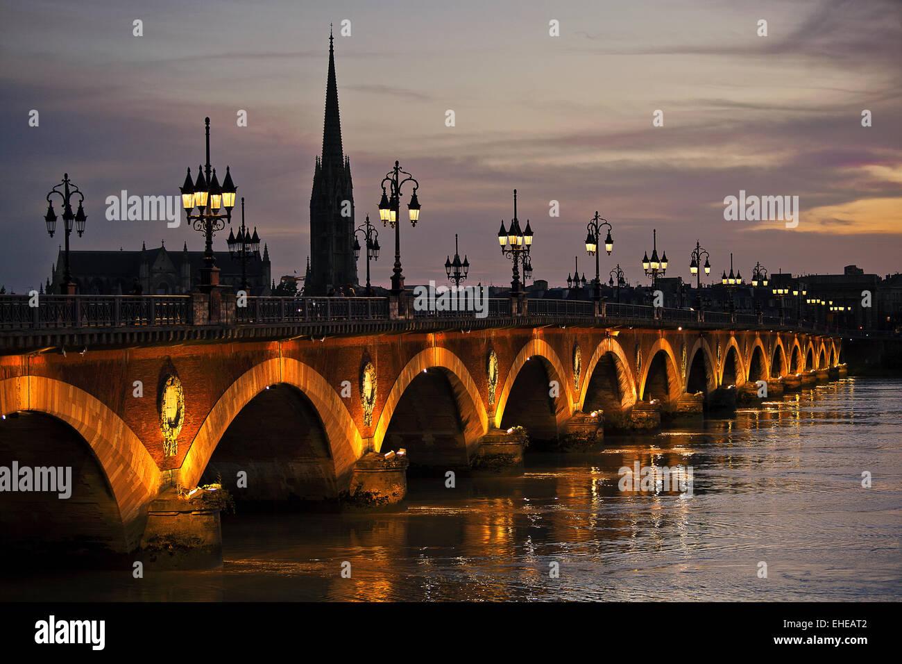 Pont de Pierre, Bordeaux, Aquitaine, France - Stock Image