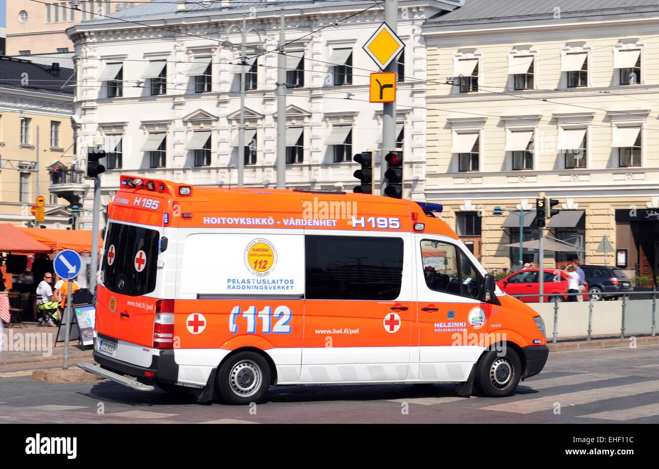 bilder von krankenwagen  ausmalbilder