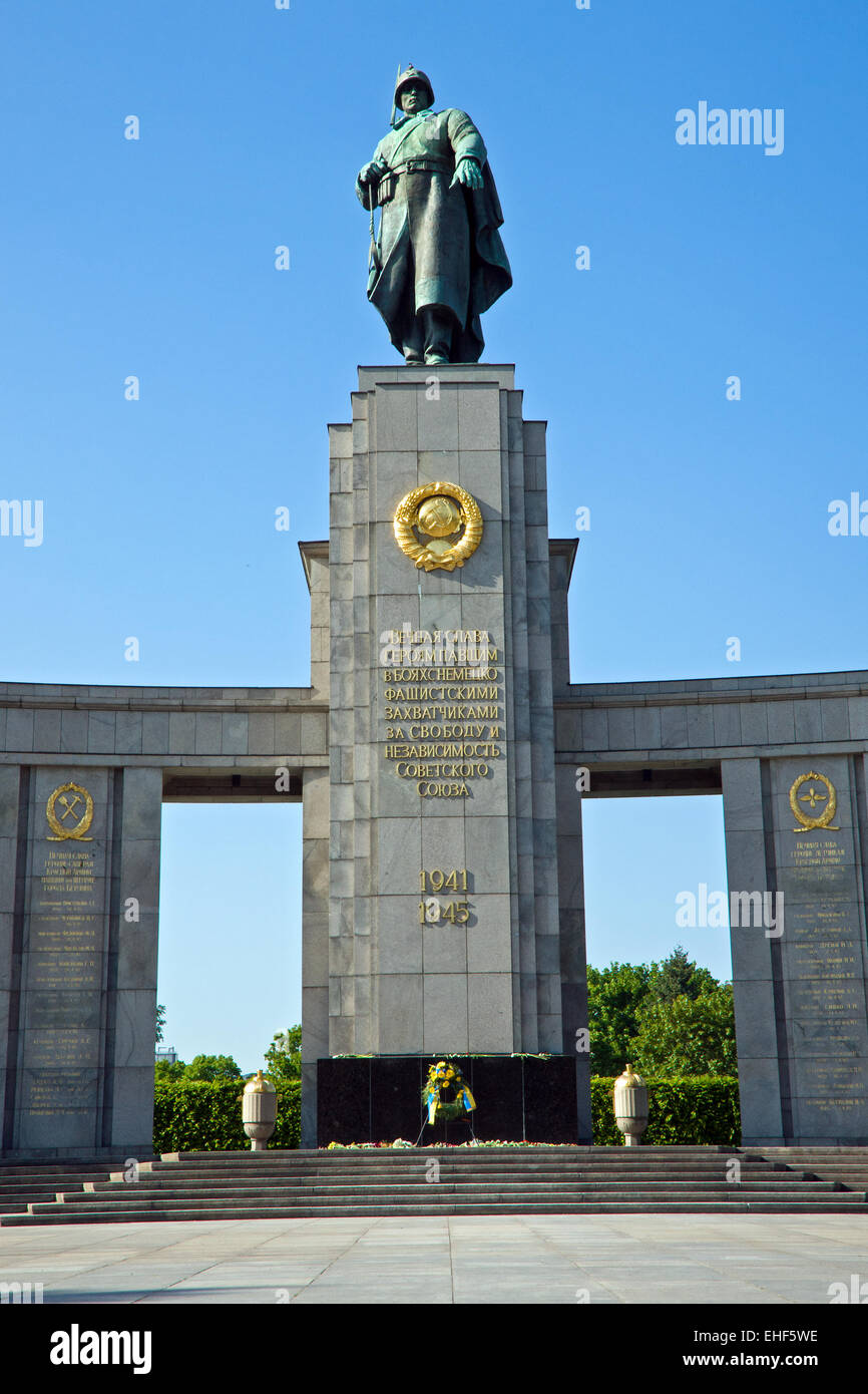 Soviet war memorial - Stock Image