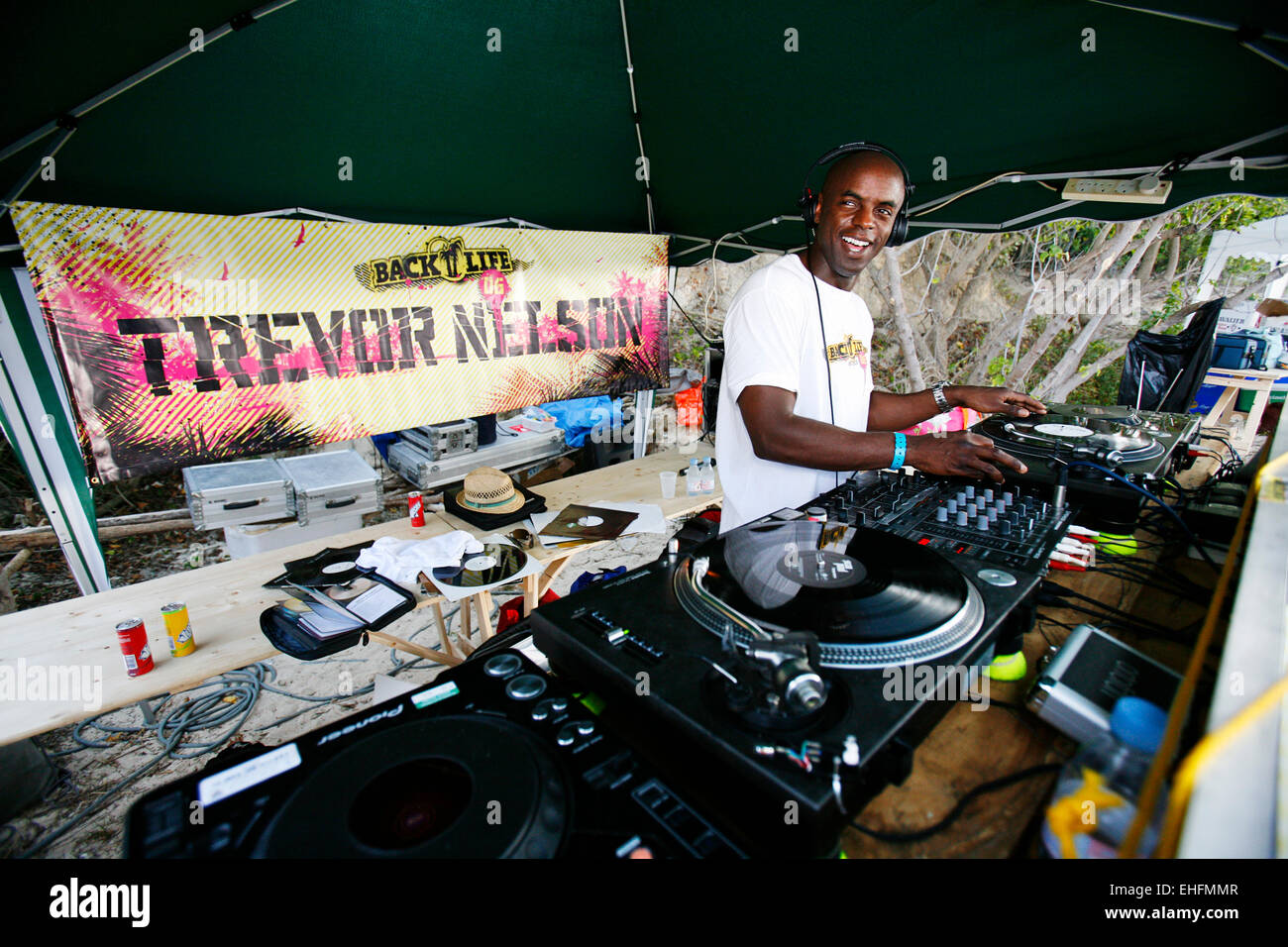 Trevor Nelson DJing in Antigua 2006 - Stock Image