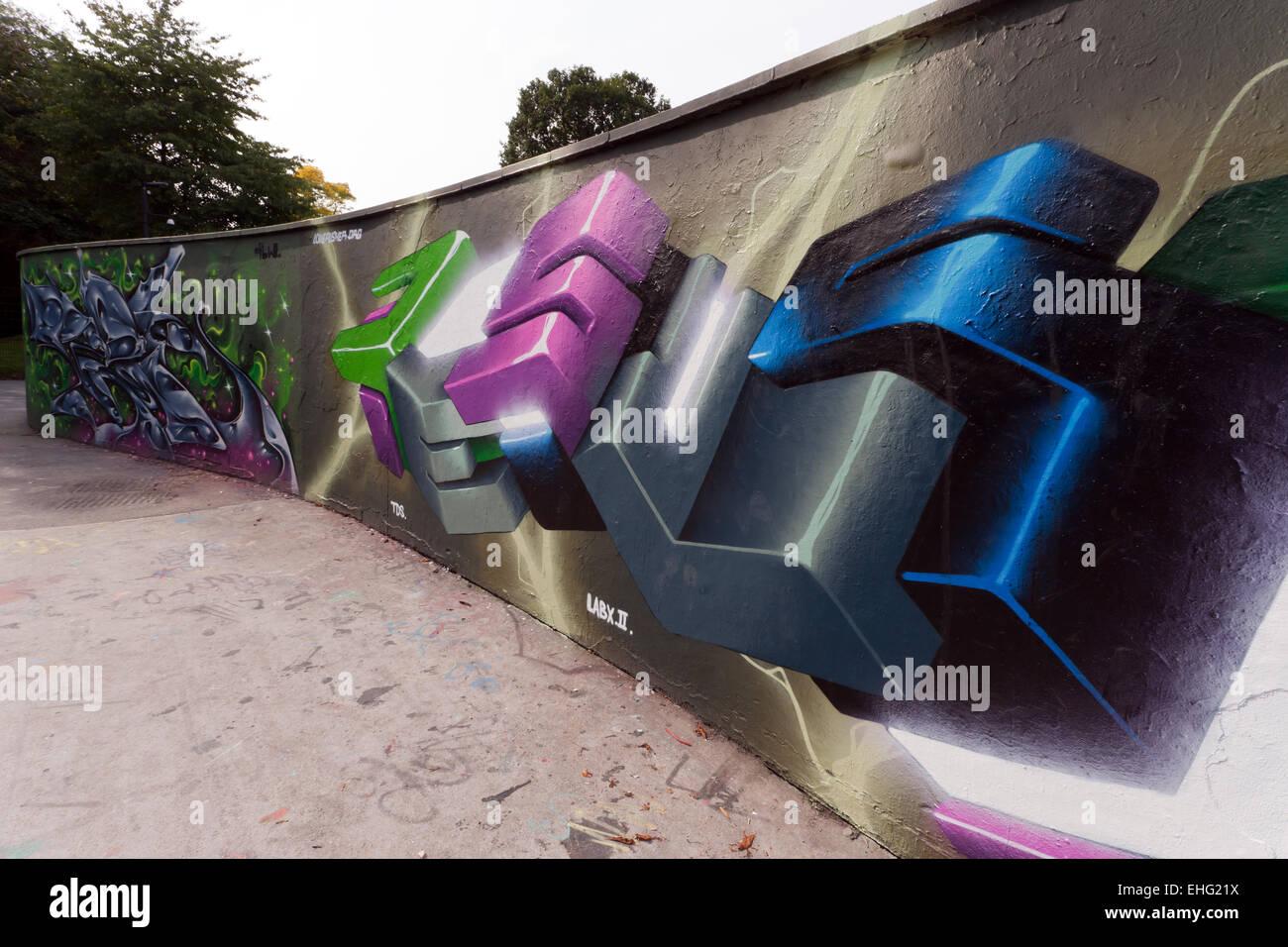 view of some Graffiti art, in the Skate-park,  Alaxandra Park, Haringey, London - Stock Image