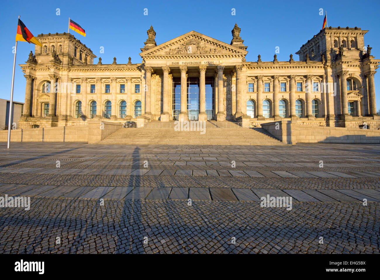 The Reichstag in Berlin in the last sunrays - Stock Image