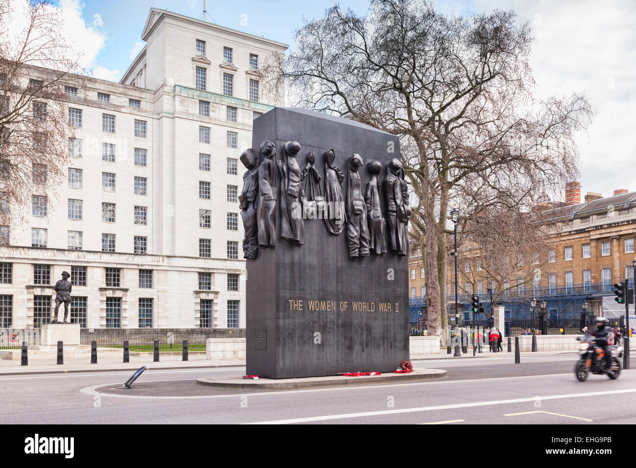 Memorial to The Women of World War 2 in Whitehall, London, by John W. Mills. - Stock Image