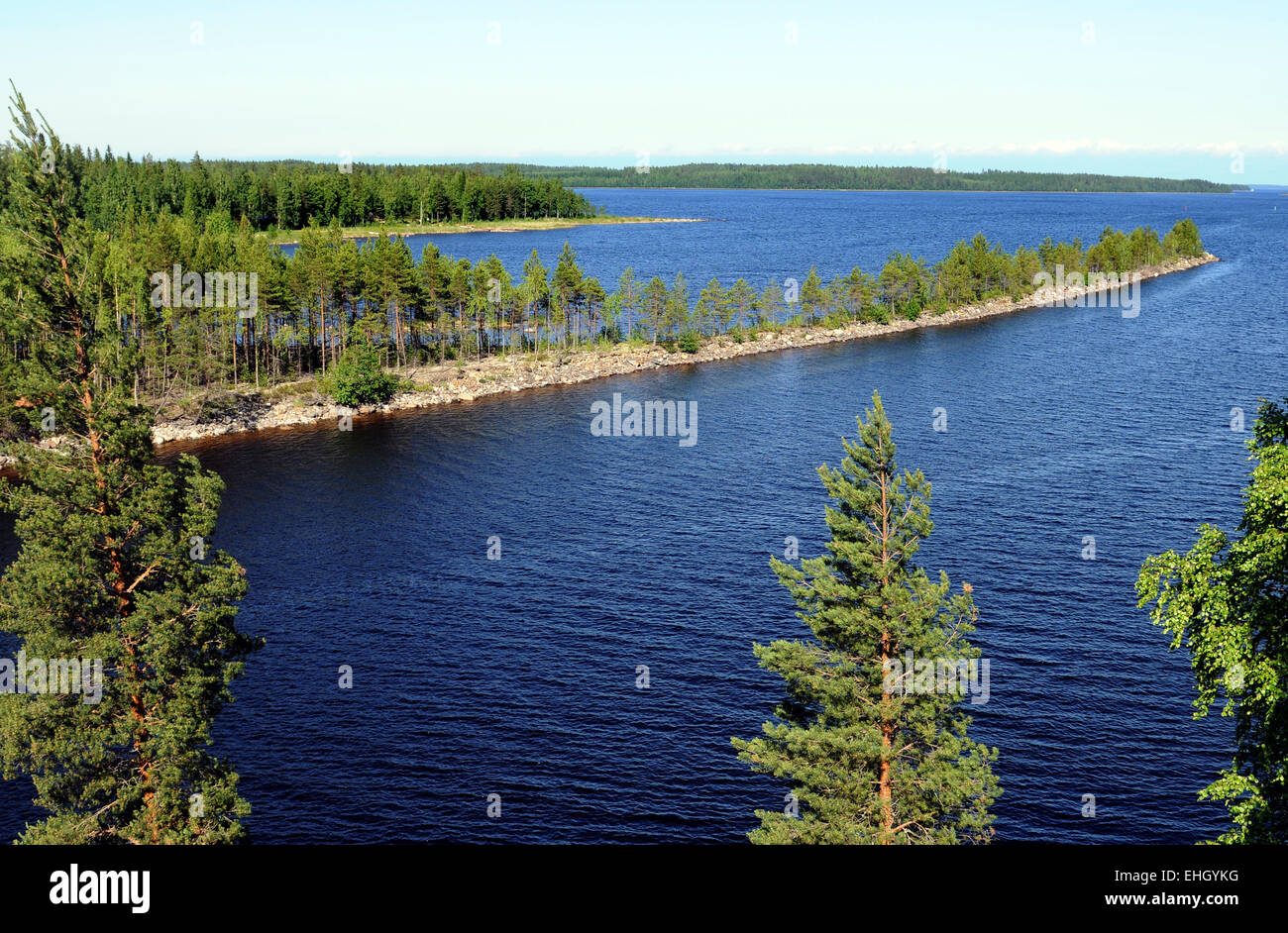 Finnische Seenlandschaft / Finnish landscape - Stock Image