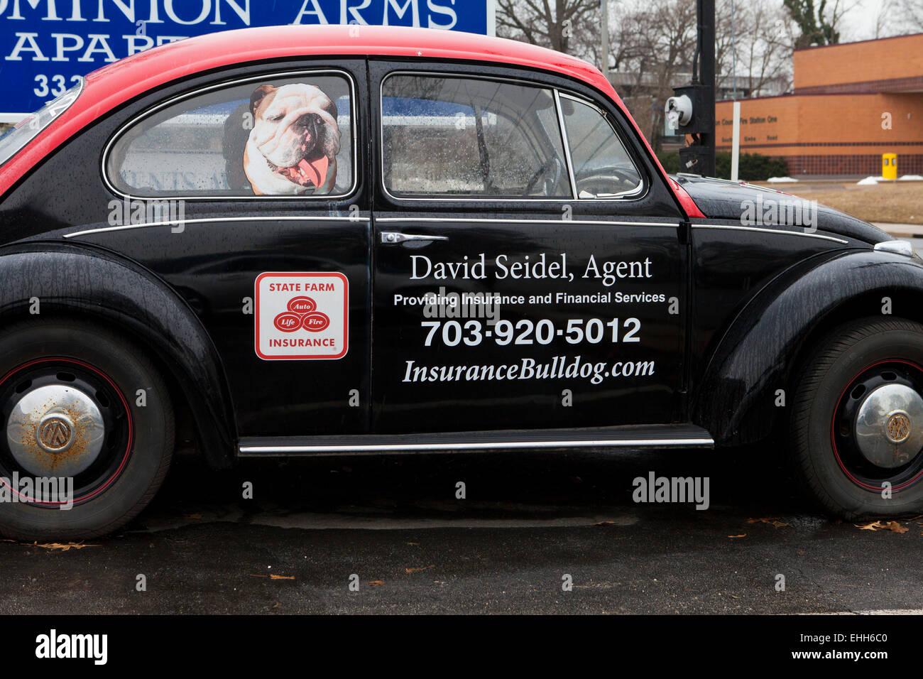 State Farm Insurance agent ad on VW 1970s vintage beetle - Virginia USA - Stock Image