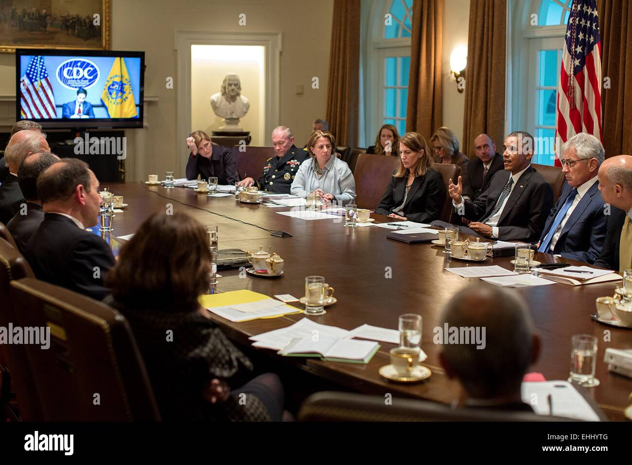 US President Barack Obama meets with Cabinet members on the domestic response to Ebola in the Cabinet Room of the - Stock Image