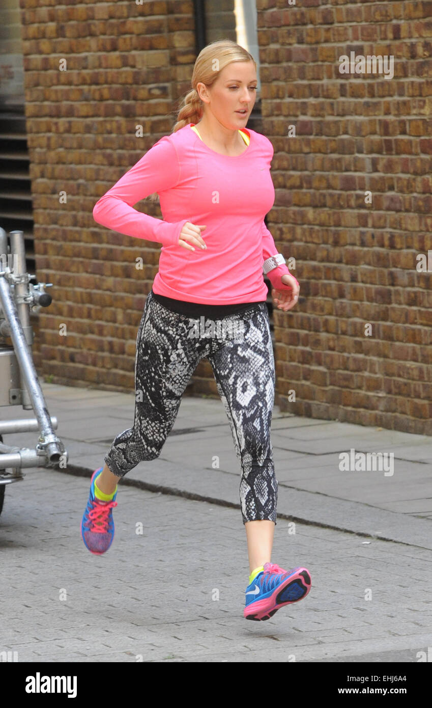 f3f1105717c69 Ellie Goulding shooting a Nike TV commercial in Tower Hill london  Featuring  Ellie Goulding shooting a Nike TV Where  London
