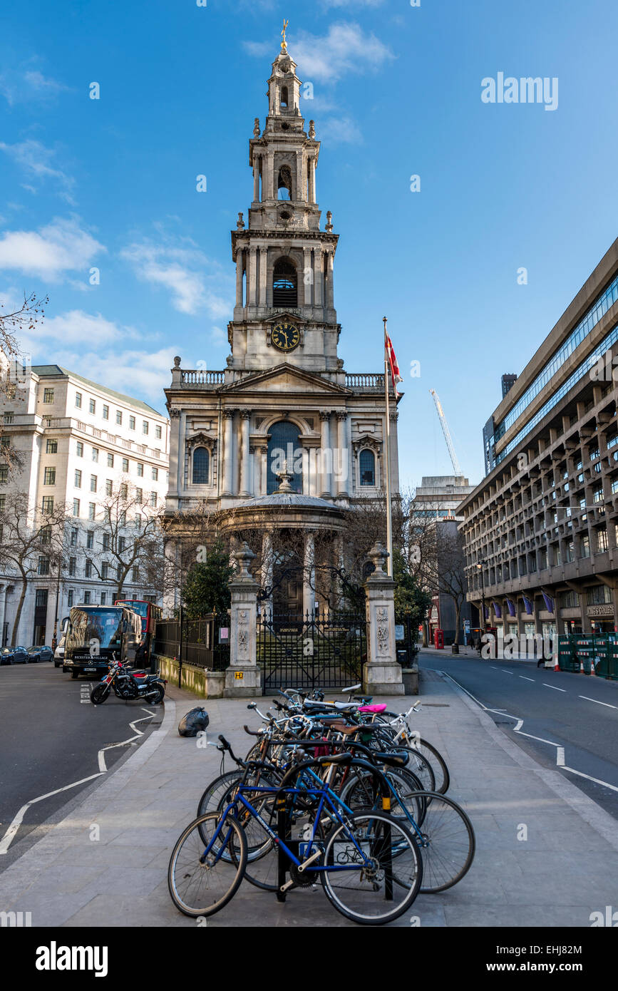 St Clement Danes church is an Anglican church on the Strand, London designed by Sir Christopher Wren - Stock Image