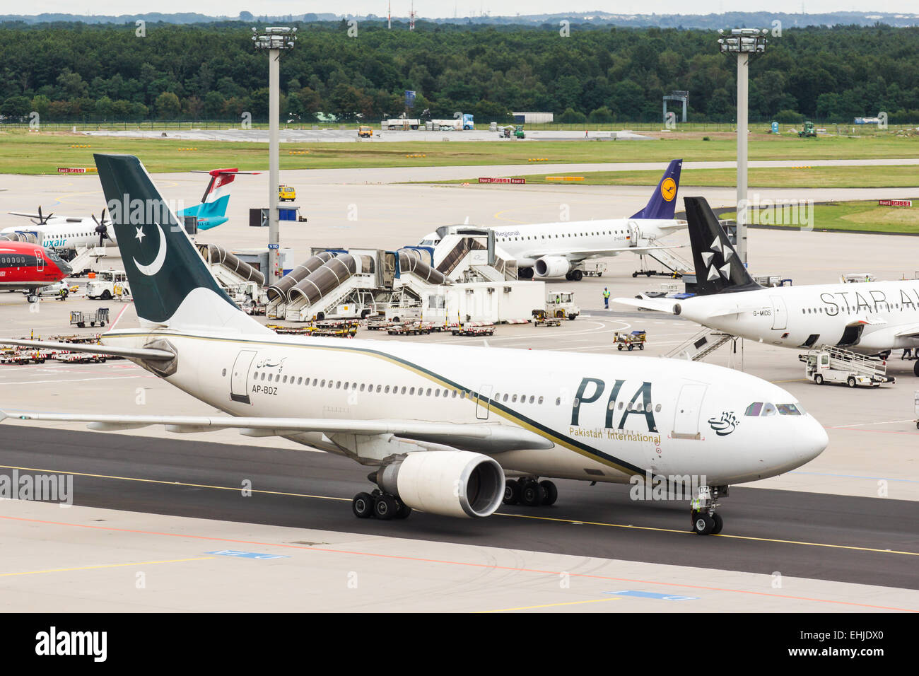 Pakistan-International-Air - Stock Image