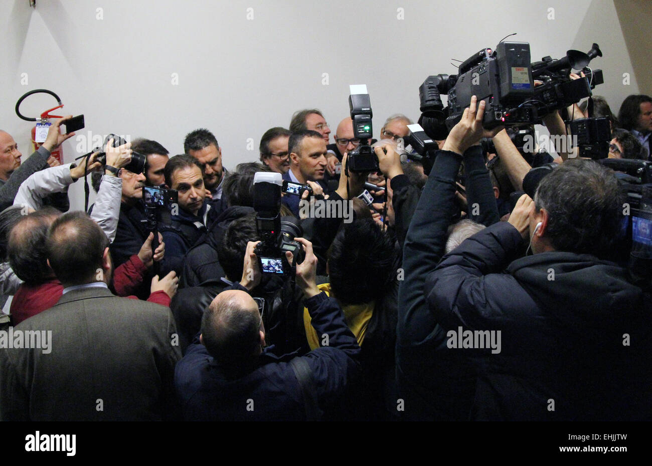 Verona, Italy. 14th Mar, 2015. Verona's Mayor Flavio Tosi speaks with journalist during his official candidacy - Stock Image