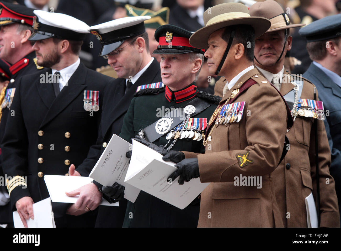 Service of Commemoration, St Paul's Cathedral . . London, UK . . 13.03.2015 Servicemen waiting for the parade - Stock Image