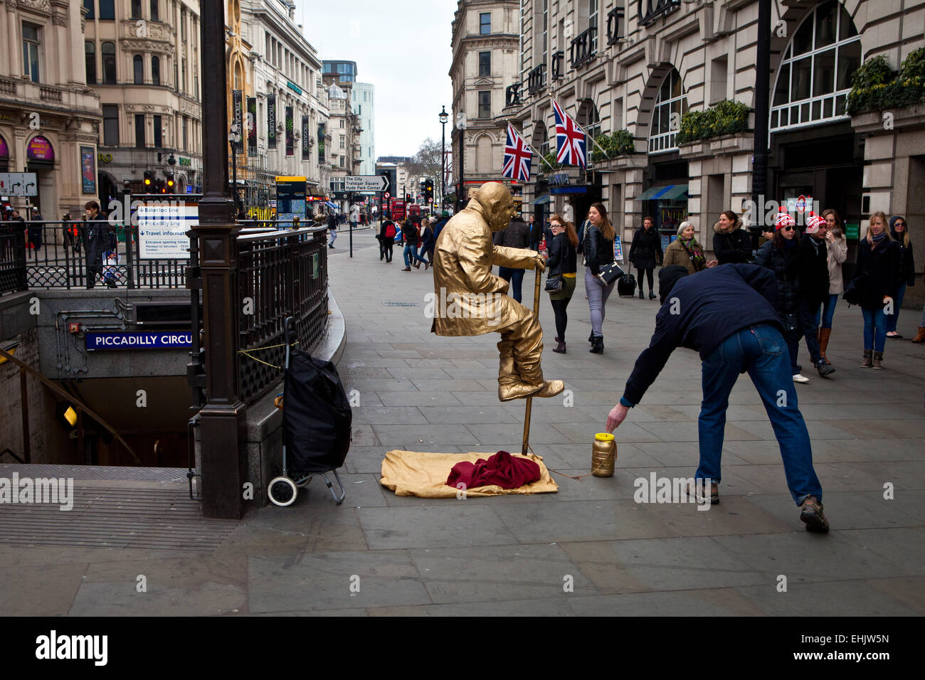 Tourist statue attraction, Piccadilly Circus - Stock Image
