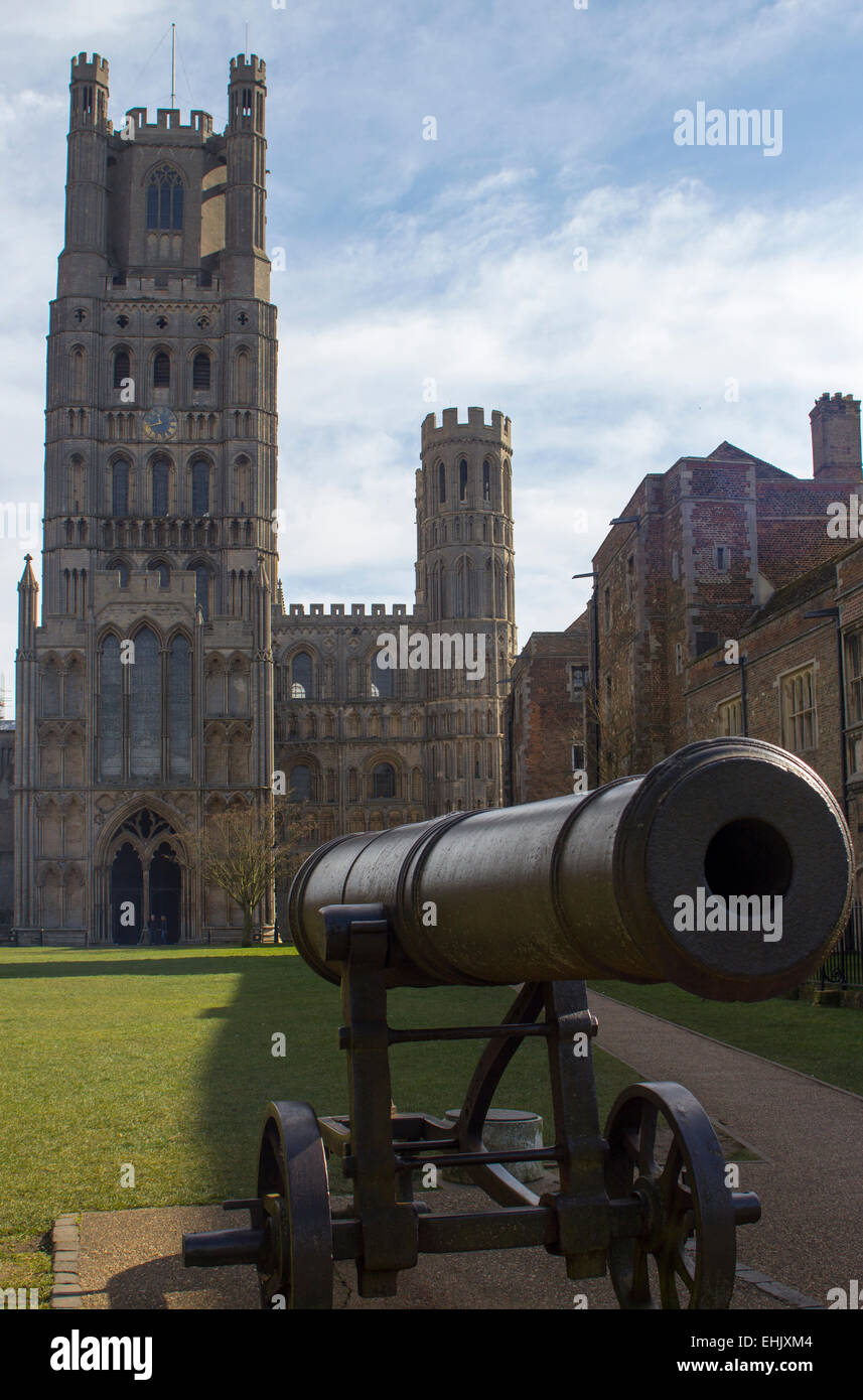 Ely Cathedral and Russian Canon - Stock Image