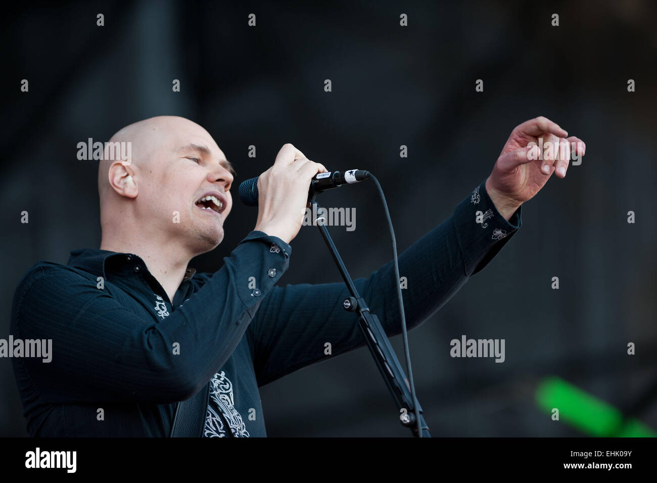 Santiago, Chile. 14th Mar, 2015. A member of the U.S. band 'The Smashing Pumpkins', performs during the - Stock Image