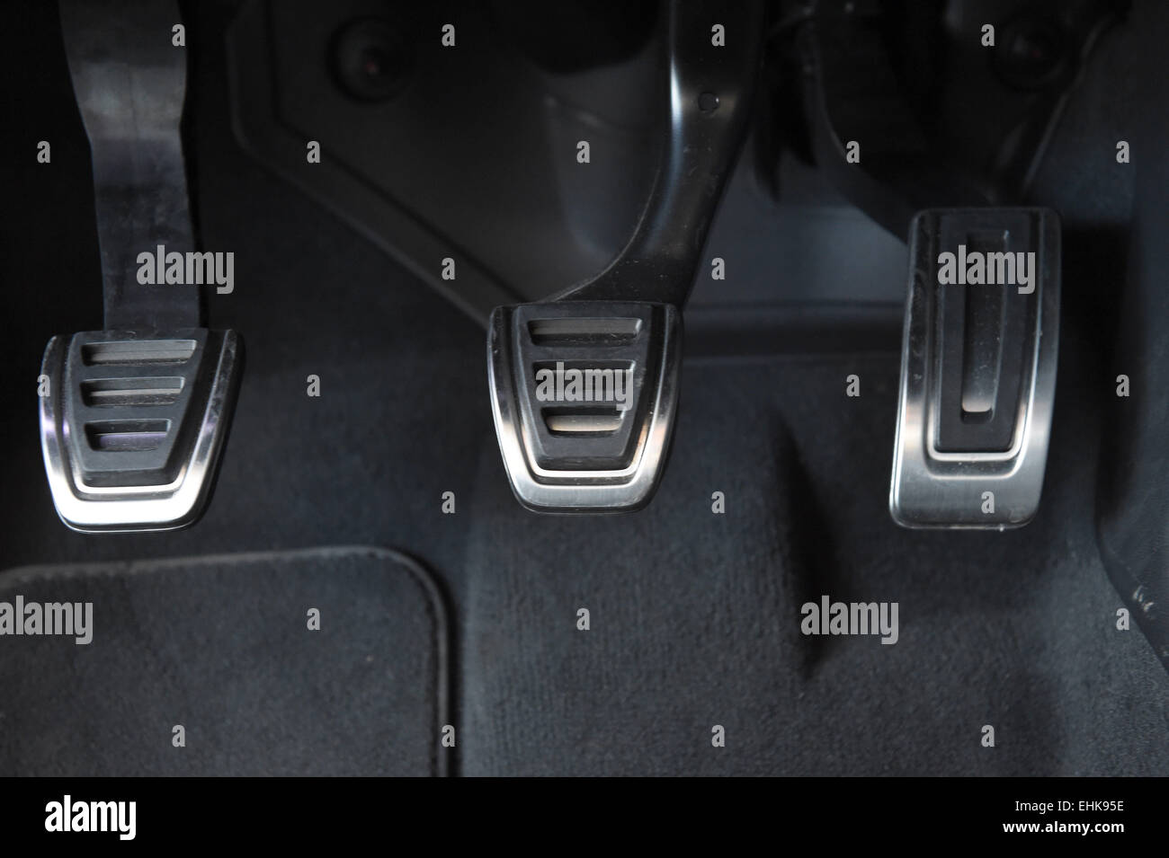 What Is A Clutch In A Car >> Clutch Pedal Stock Photos Clutch Pedal Stock Images Alamy
