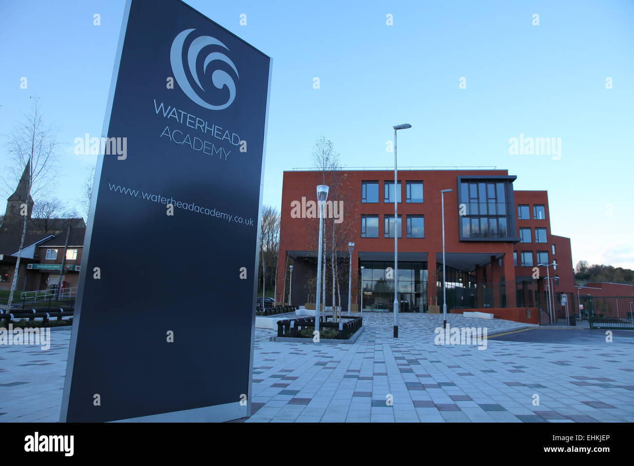 An exterior view of Waterhead Academy - a school in Oldham UK - Stock Image