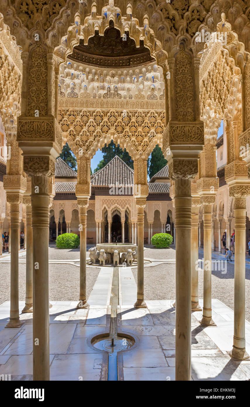 Granada, Alhambra. Patio de los Leones ( Courtyard of the Lions ), Palacios Nazaries, Alhambra, Granada, Andalucia, - Stock Image