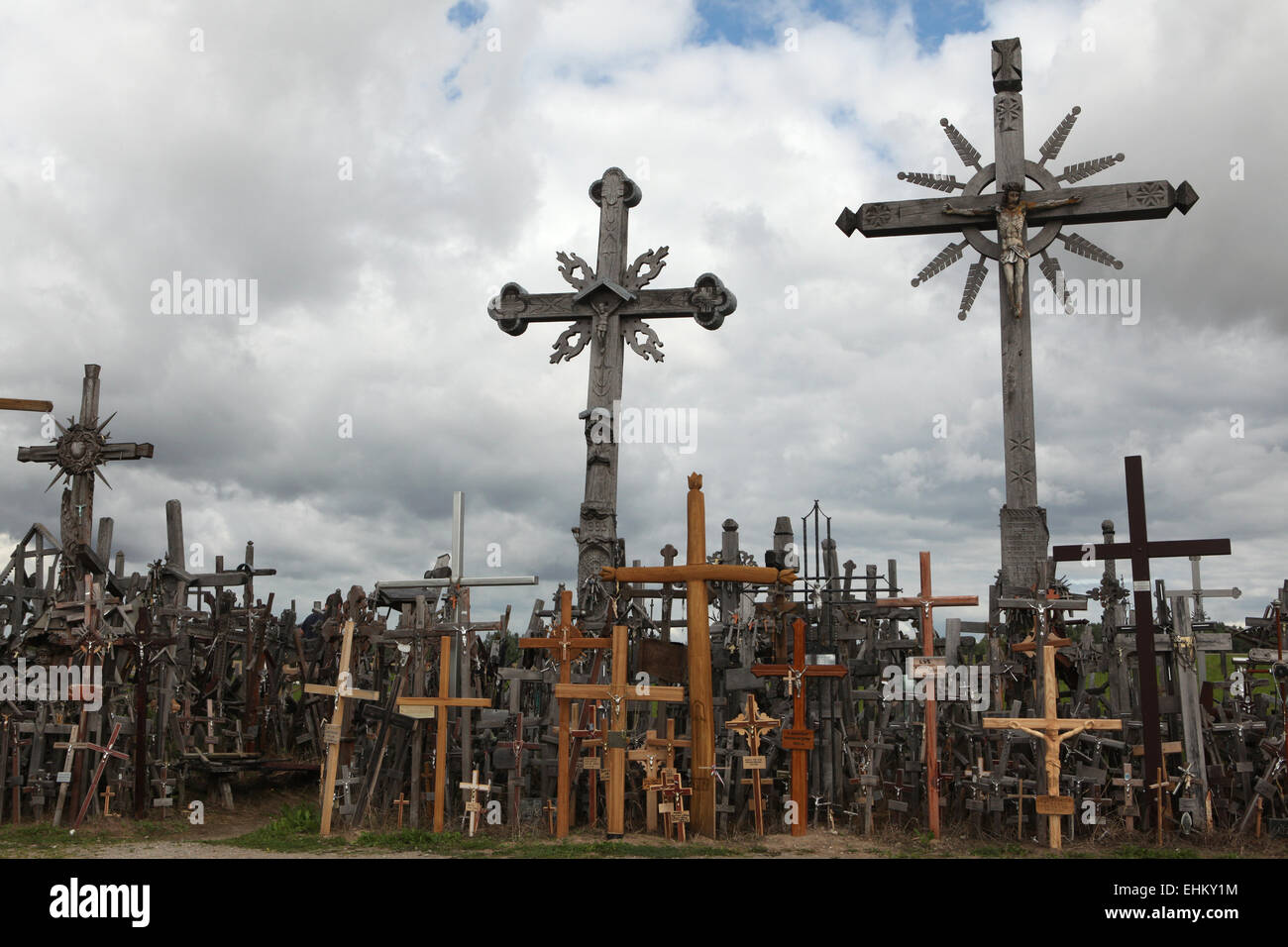 Wooden crosses at the Hill of Crosses, the most important Lithuanian Catholic pilgrimage site, near Siauliai, Lithuania. - Stock Image