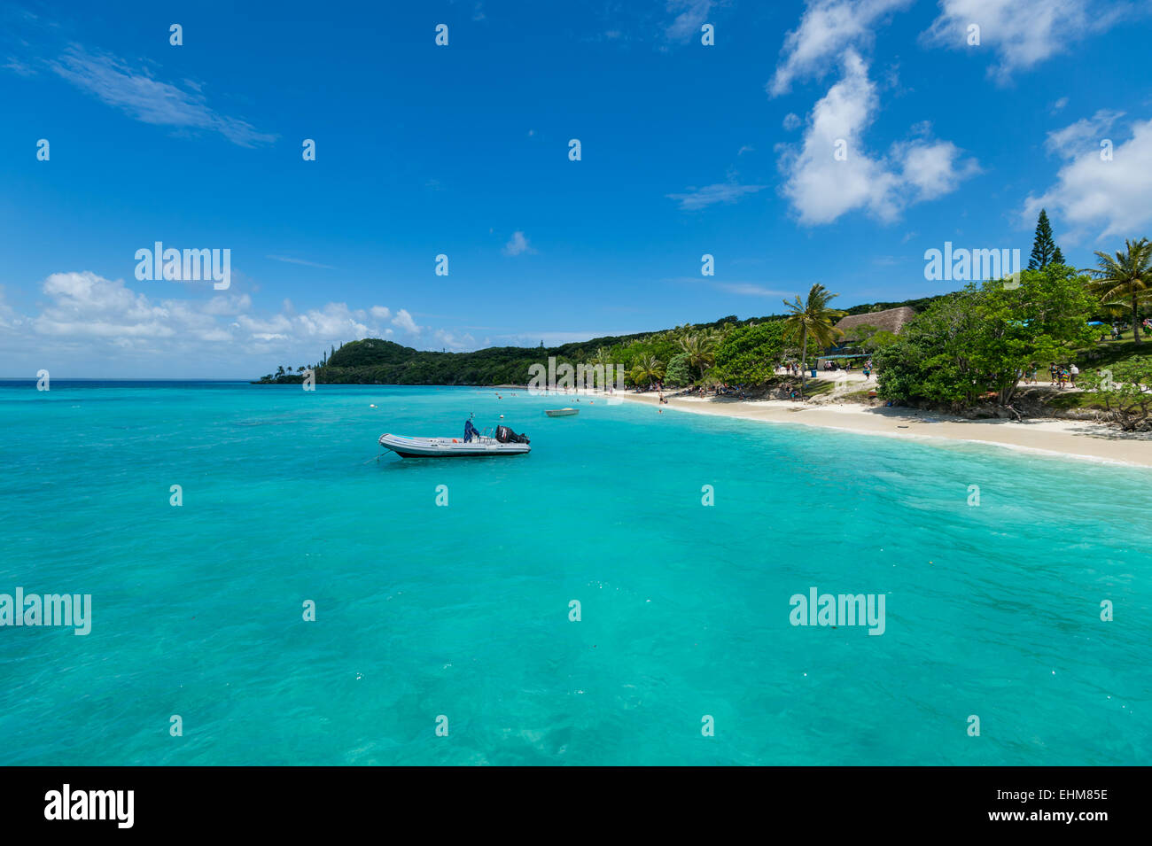 Beautiful crystal clear water of the tropical south pacific island of Lifou. - Stock Image