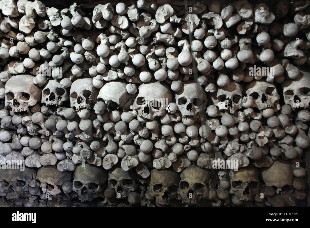 Human bones and skulls in the Sedlec Ossuary near Kutna Hora, Czech Republic. - Stock Image