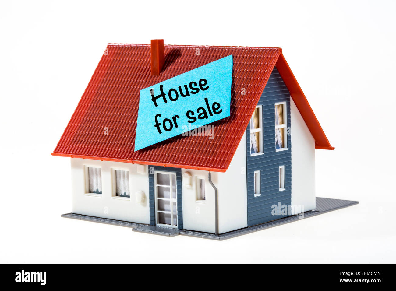 Symbolic image, house with a Post-it note, house for sale - Stock Image