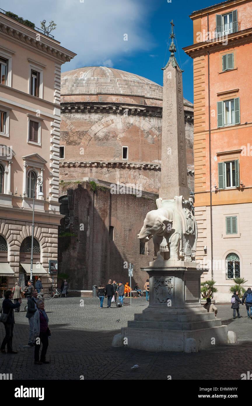 Obelisk of Santa Maria sopra Minerva and the Pantheon, Piazza della Minerva, Rome, Lazio, Italy. Stock Photo