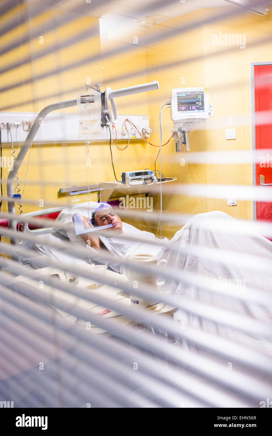 A stroke patient hospitalized in intensive care, Bordeaux hospital. - Stock Image