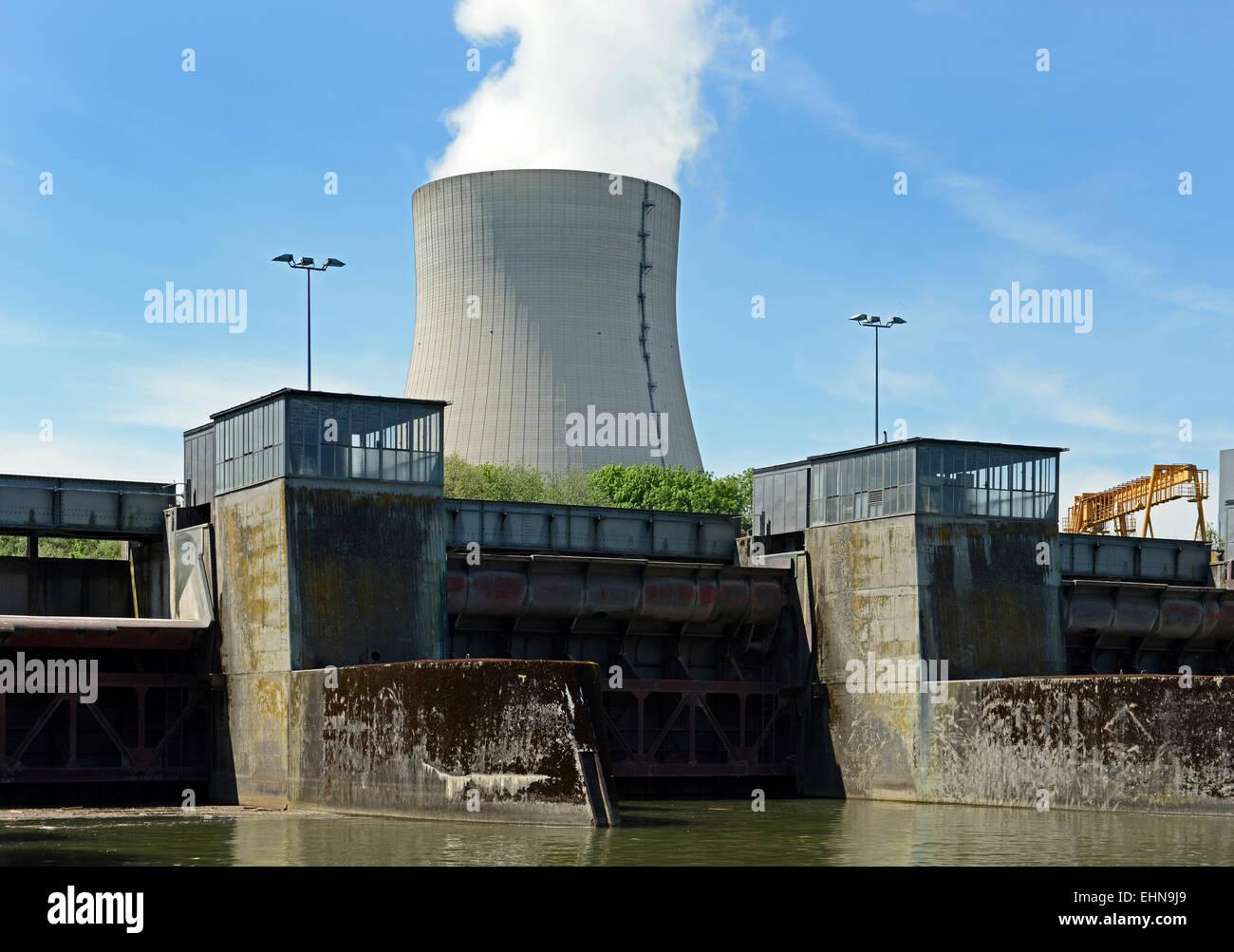 Atomkraftwerk / Nuclear reactor - Stock Image