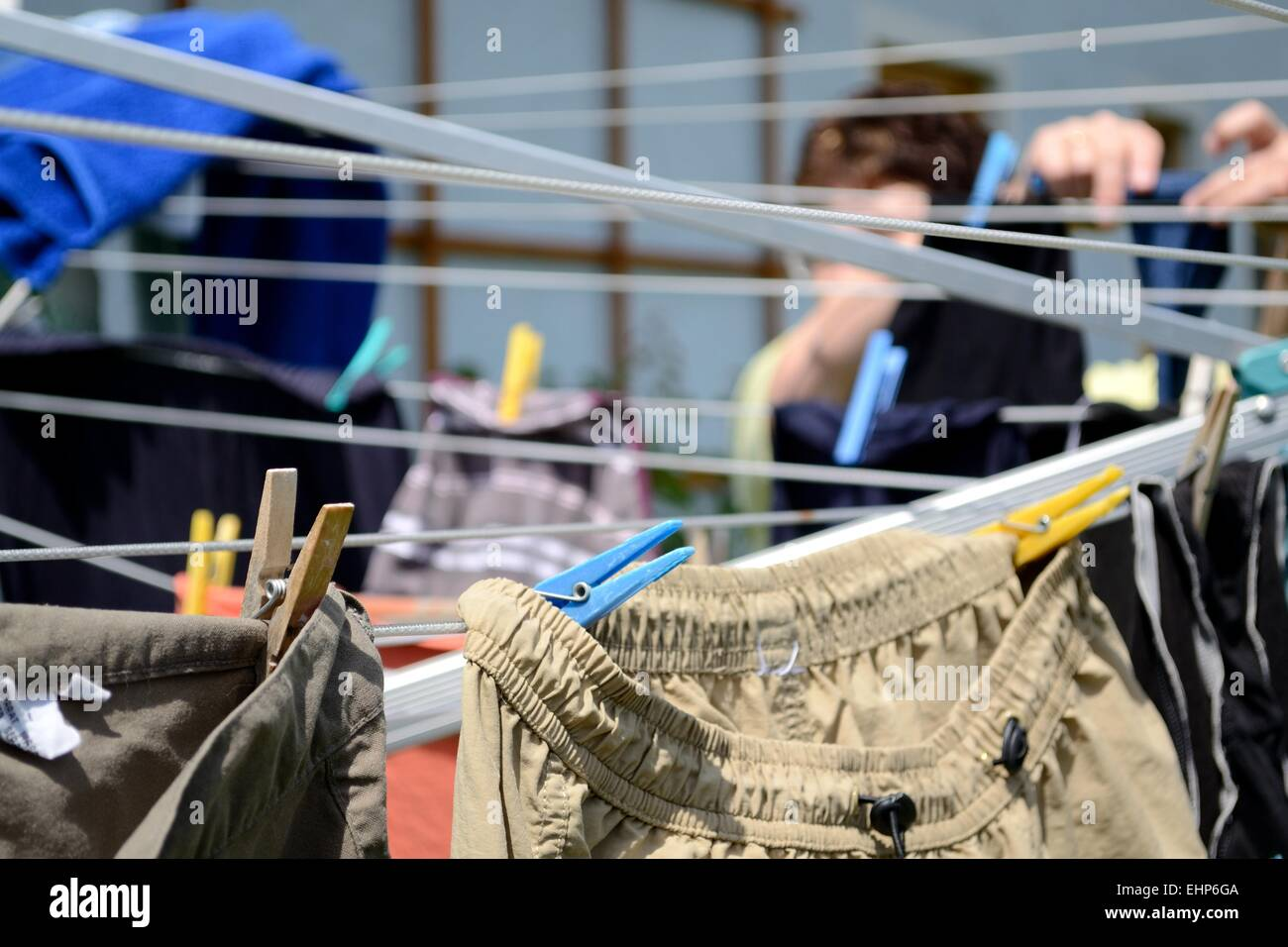 Draped clothesline - to peg out washing - Stock Image