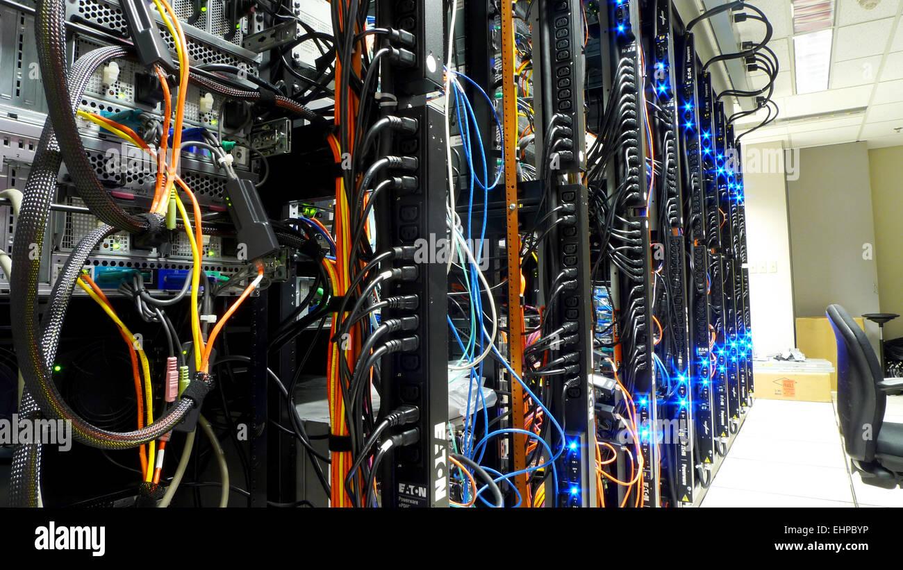 Netzwerk Server Stock Photos & Netzwerk Server Stock Images - Alamy