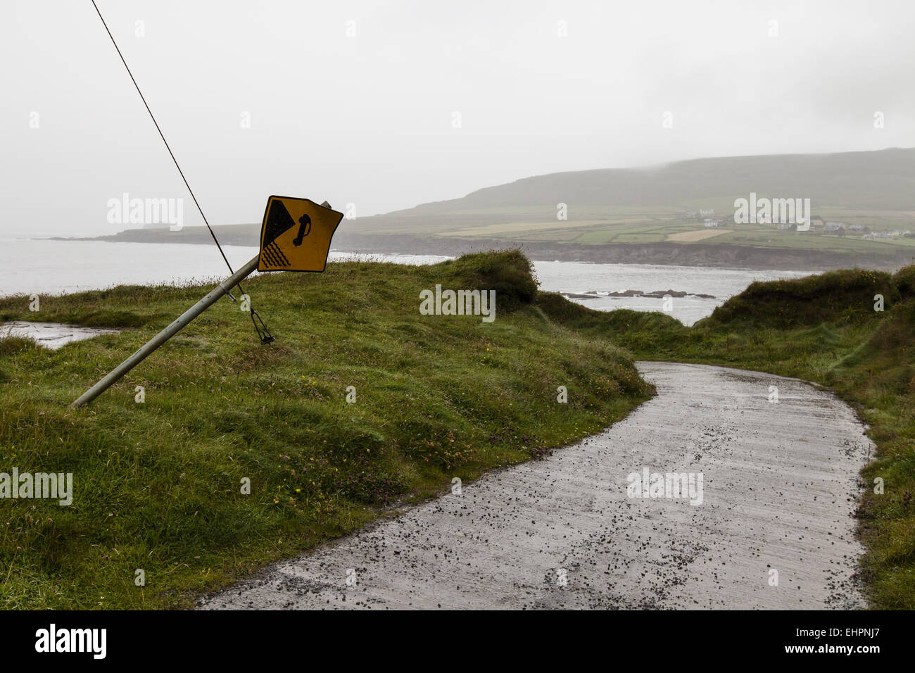 Road to the Dingle Peninsula in Ireland - Stock Image